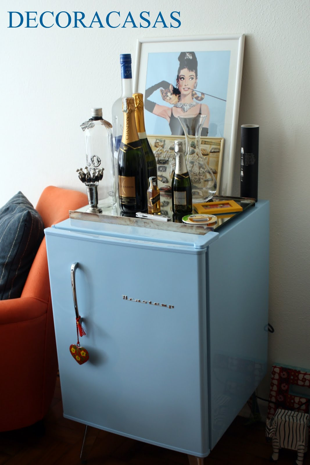 Sala De Tv Com Frigobar Retro ~ Eu sei que o frigobar retrô vermelho é objeto de desejo de várias
